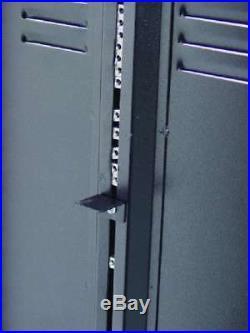 18 HE 19 Stahlrack Server Schrank, Rollen Tischrack Netzwerk Rack Serverschrank